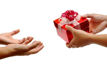 chinese gift giving etiquette